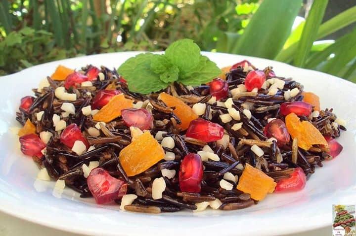 Salada de Arroz Selvagem com Frutos Secos