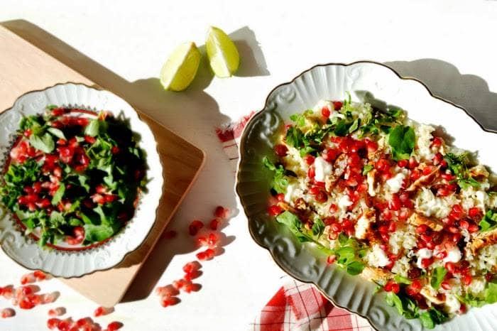 Frango com Arroz Aromático Salada de Agrião e Romã