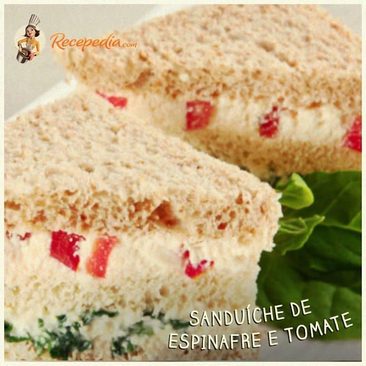 Sanduiche de Espinafres e Tomate