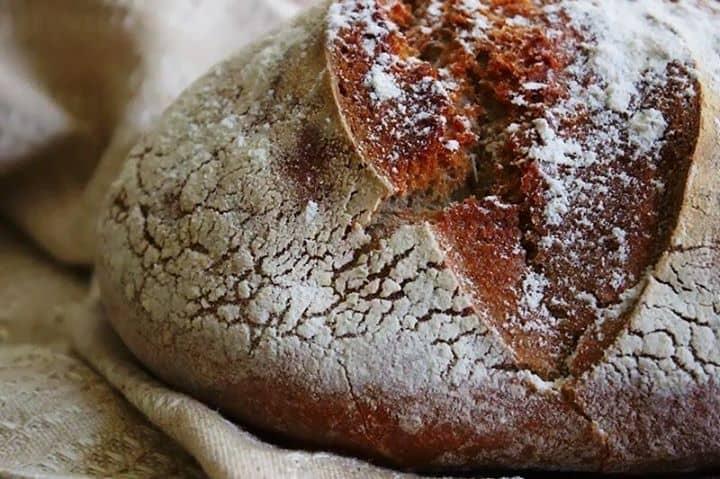 Pão Rústico de Centeio [Amassado à Mão]