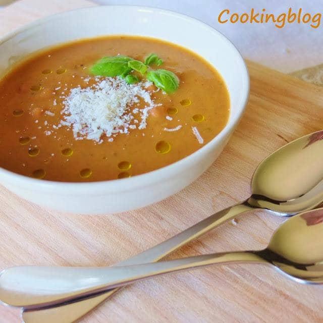 Sopa de legumes grelhados