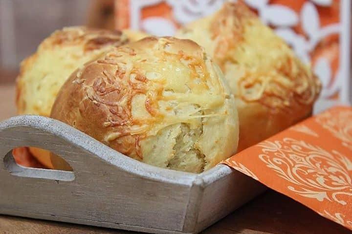 Pão de Trigo e Batata Cozida