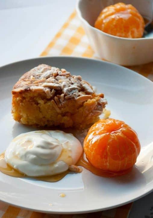 Bolo de Amêndoa e Clementinas Caramelizadas