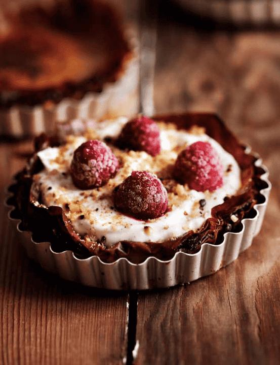 Tartes de iogurte e framboesas (ou a fruta que mais gostar)