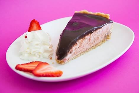 Tarte de Morango com Cobertura de Chocolate