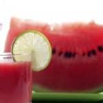 Sumo de aipo e melancia