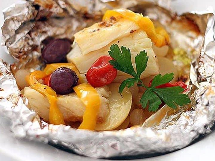 Papelote de Bacalhau com Legumes