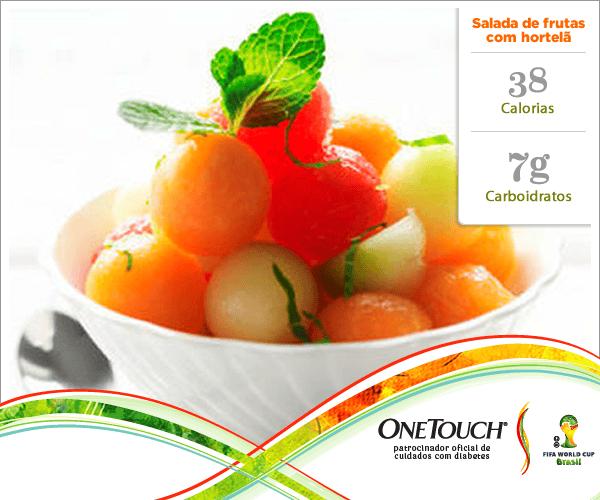 Salada de frutas com hortelã