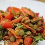 Salada de Ervilhas com Cenoura e Pimentão (vegana)