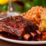 Os sabores e aromas dessa carne são incrivelmente deliciosos… Costelinha Agridoce!