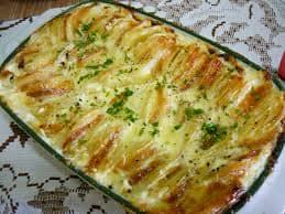 Batatas gratinadas com Sardinha