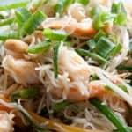 Massa com camarão à oriental