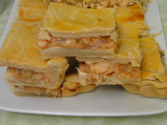 Torta pascal de camarão