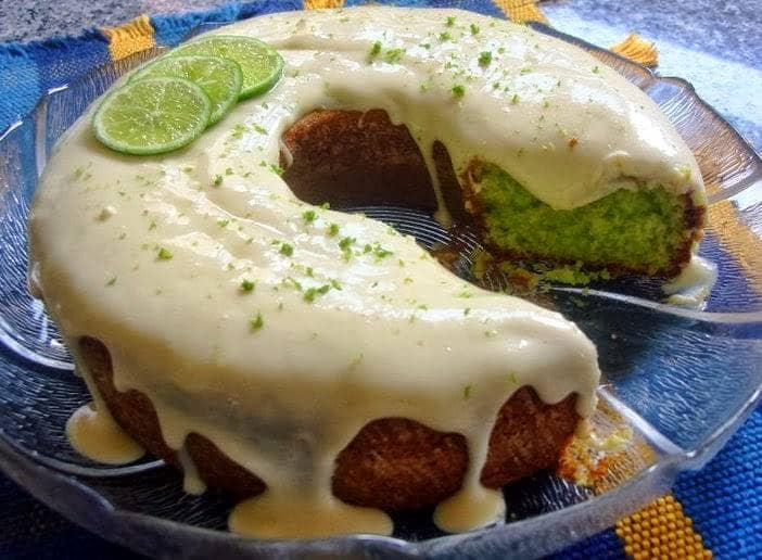 Bolo Verde de Limão (Bolo do Sherek)